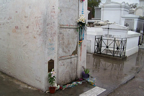 Marie Laveau's tomb in 2005.