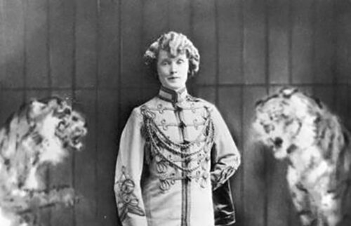 Mabel Stark, photographed in 1931.