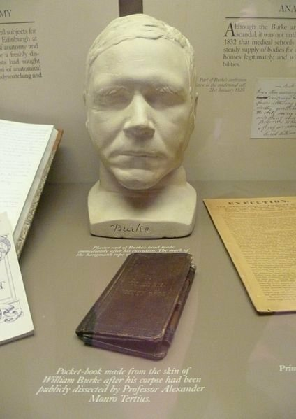 William Burke's death mask and the wallet bound in his skin are still on display at the Surgeons' Hall Museum.