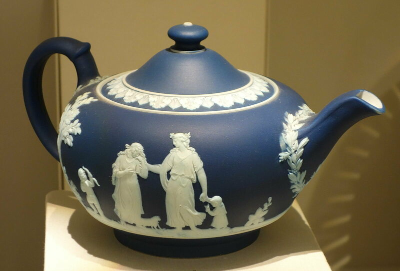 A Josiah Wedgwood teapot, produced using assembly line knowledge from China.