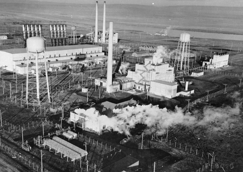 Hanford's Site B Reactor, the first large-scale plutonium reactor, in use during the 1940s.