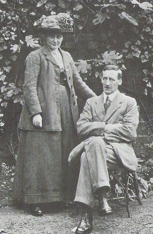 Potter and her husband, William Heelis, on their wedding day in 1913.