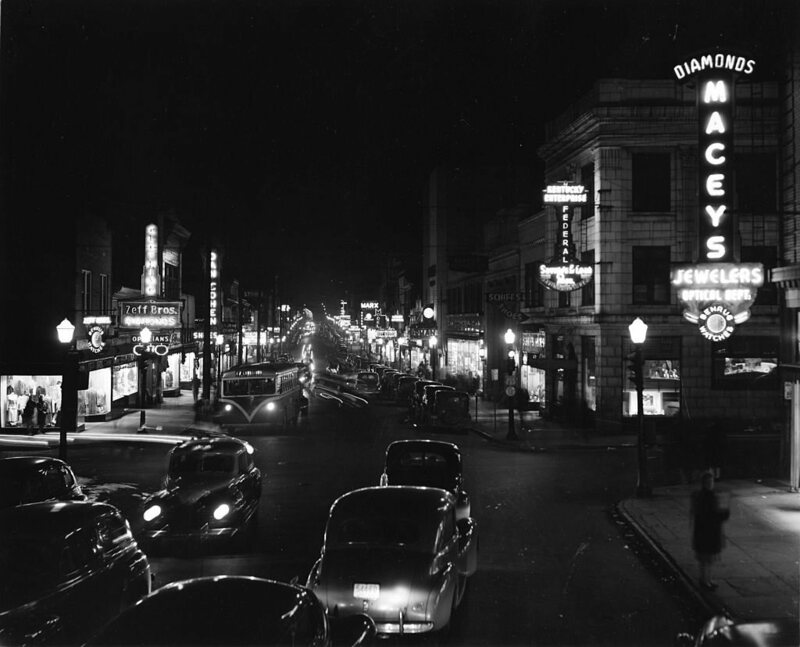 The view down Monmouth Street in Newport, Kentucky, 1946.
