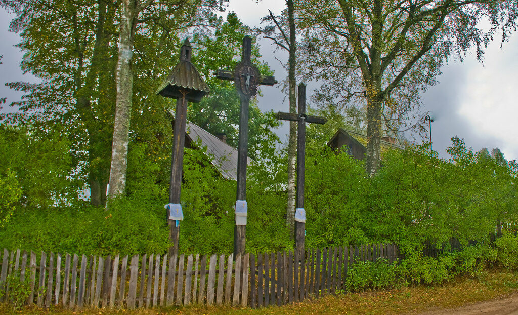 Wayside shrine in Lithuania.