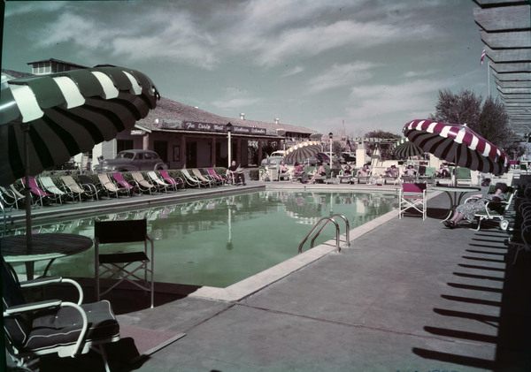 The Incredible Swimming Pools Of Vintage Las Vegas Atlas Obscura