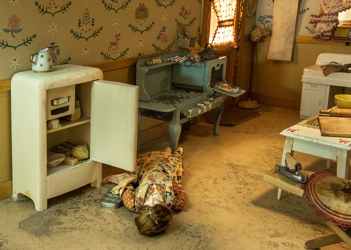 Room Floor Plan Maker The Grim Crime Scene Dollhouses Made By The Mother Of