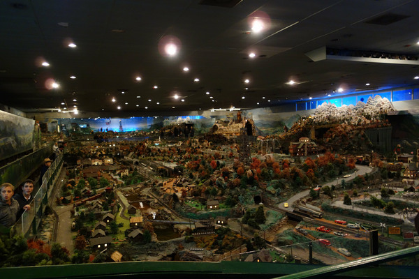 Take A Ride On 9 Of The Most Incredible Model Trains In