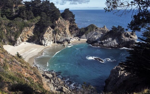 McWay Falls and Waterfall House Ruins – Big Sur ...