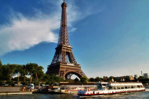 Gustave eiffel 39 s secret apartment atlas obscura for Apartment in eiffel tower