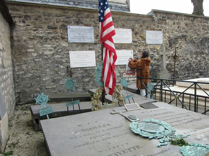 Grave of the Marquis de Lafayette in the Cimetière de Picpus