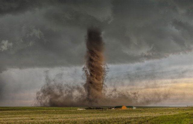 Found: A Rare, Backwards Tornado That Spun the Wrong Way - Atlas Obscura