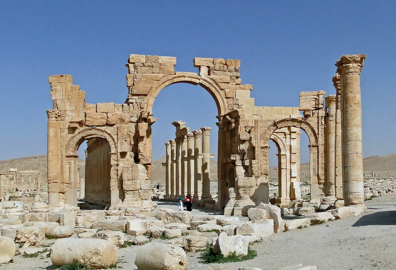The Arch of Palmyra, in its own home in 2010.