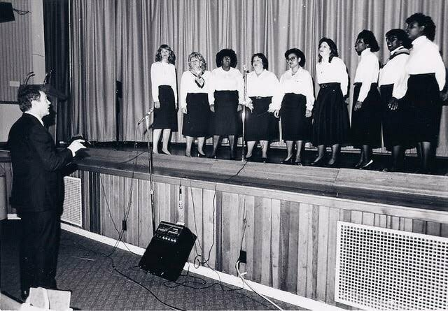 FAA Chorale John Hanks, Director 1983-1990, in action.