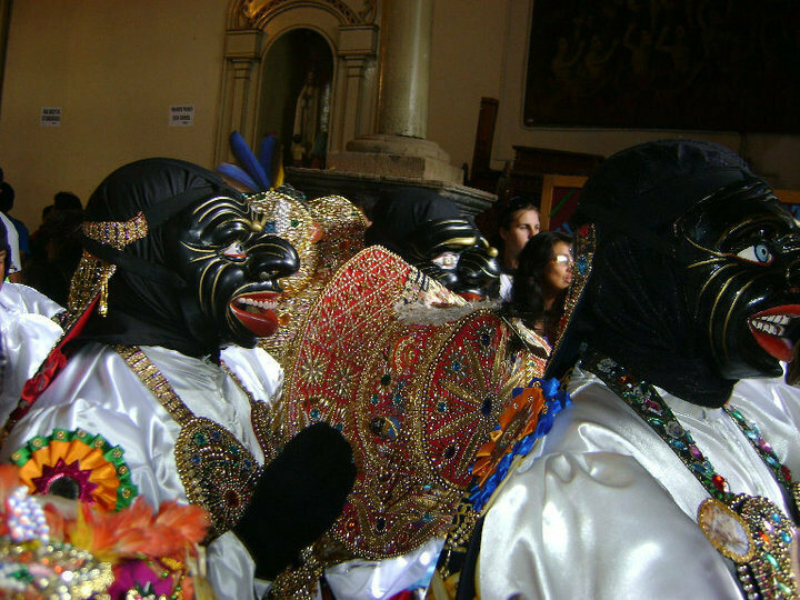 The Qapaq Negros represent the slaves who were brought to Paucartambo to work in the mines. They play a central role in the festival since on the third day they sing to the Virgin and convince her to stay another year.