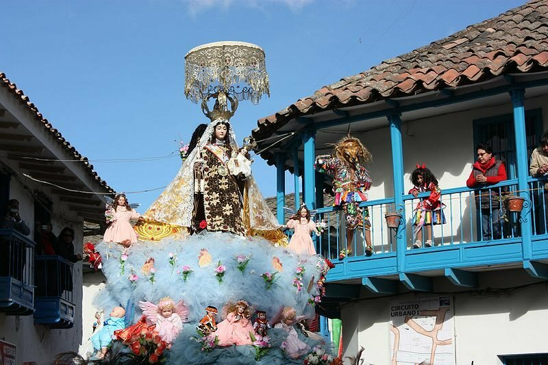 Procession of the Virgin around the town.