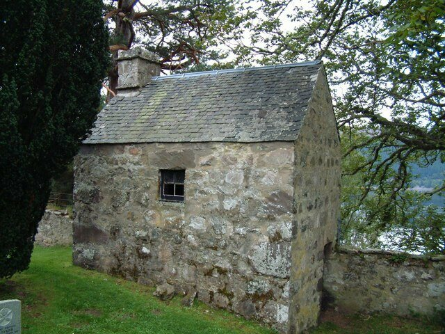 The watch house at Boleskine Cemetery.