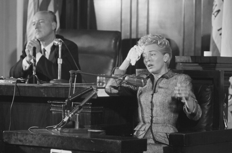 "Lana Turner, in court at the inquest of the death of her boyfriend, Johnny Stompanato, stabbed by her daughter and ""fixed"" by Otash."