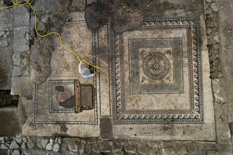 The mosaics from above.