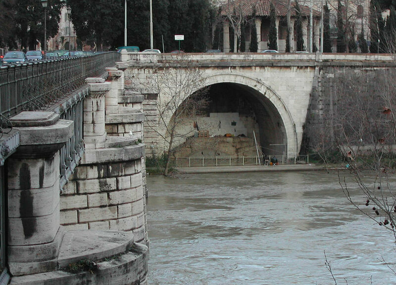 Cloaca Maxima's outfall is near the Ponte Rotto bridge.