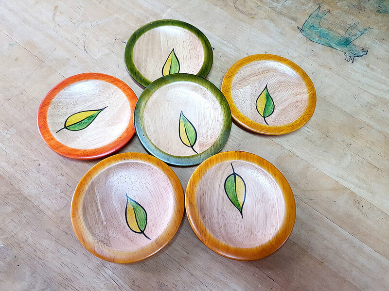 Handmade coasters for homes are part of the increasing list of Channapatna home decor items.