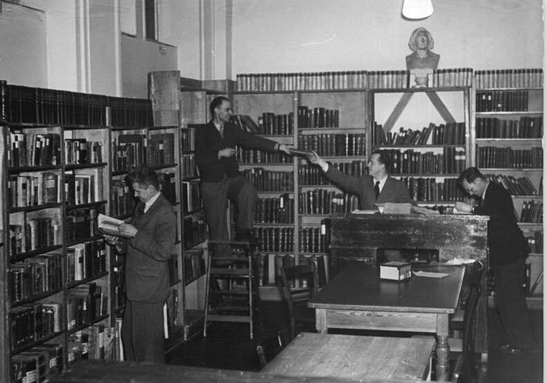 The Humanities Department of the German Academy of Sciences working on the Grimms' dictionary in 1952.