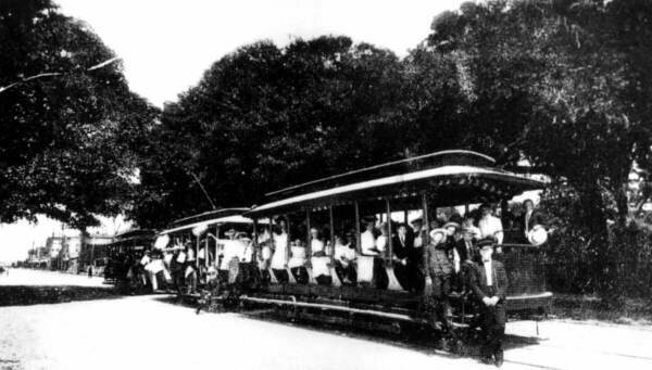 Trolley filled with passengers, Florida, 1890s.