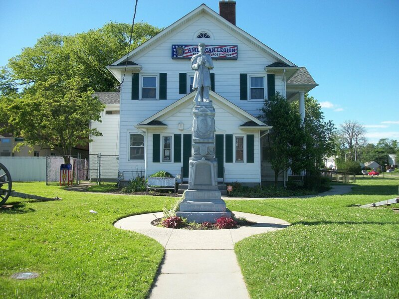 A Union monument by Monumental Bronze Co., erected in Patchogue, New York in 1885.