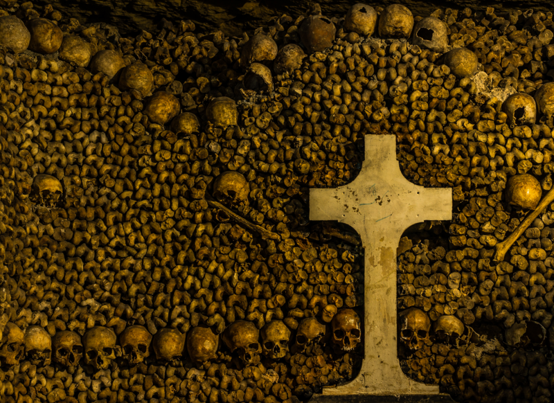 The walls of the catacombs are mostly made of limestone, an easy material for wine thieves to bore through.