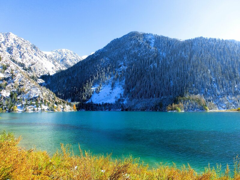 October snow and blue hues on Issyk Lake.