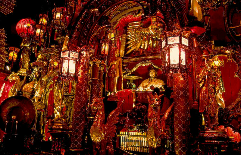One of the insane music machines from the House on the Rock.