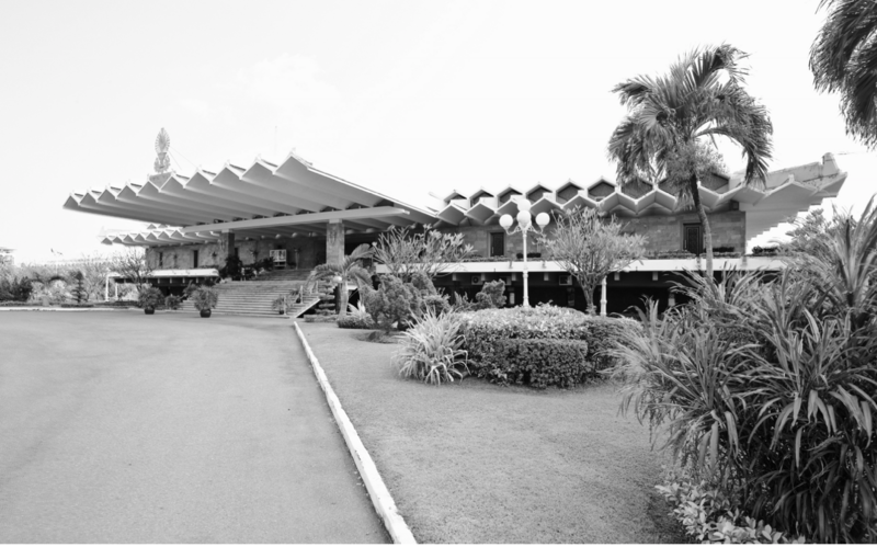 State Palace, 1966. Its roof, made of concrete plates, covers an open-air terrace where official dinners have been held.