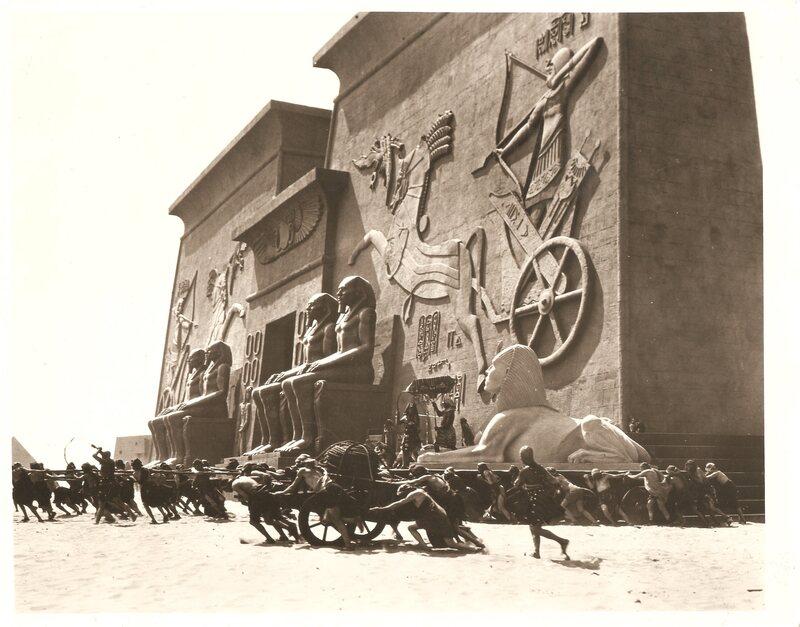 Still from Cecil B. DeMille's 1923 <em>The Ten Commandments</em>.