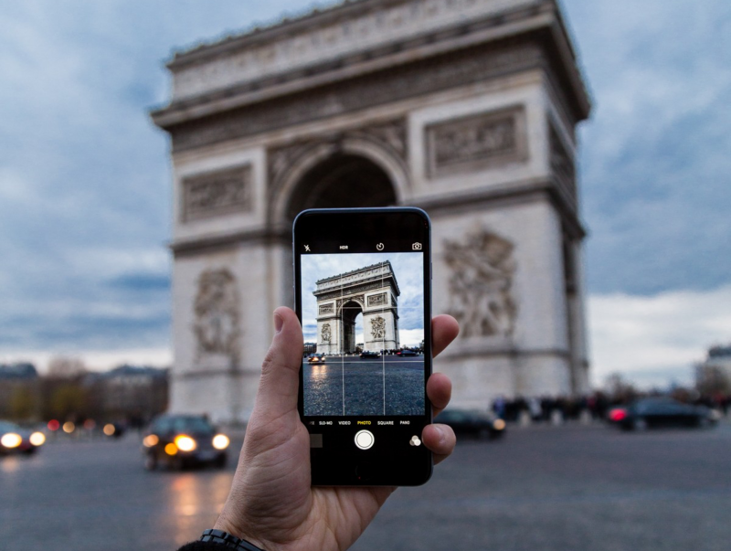 """France's language police want """"le smartphone"""" eradicated from the spoken and written word."""