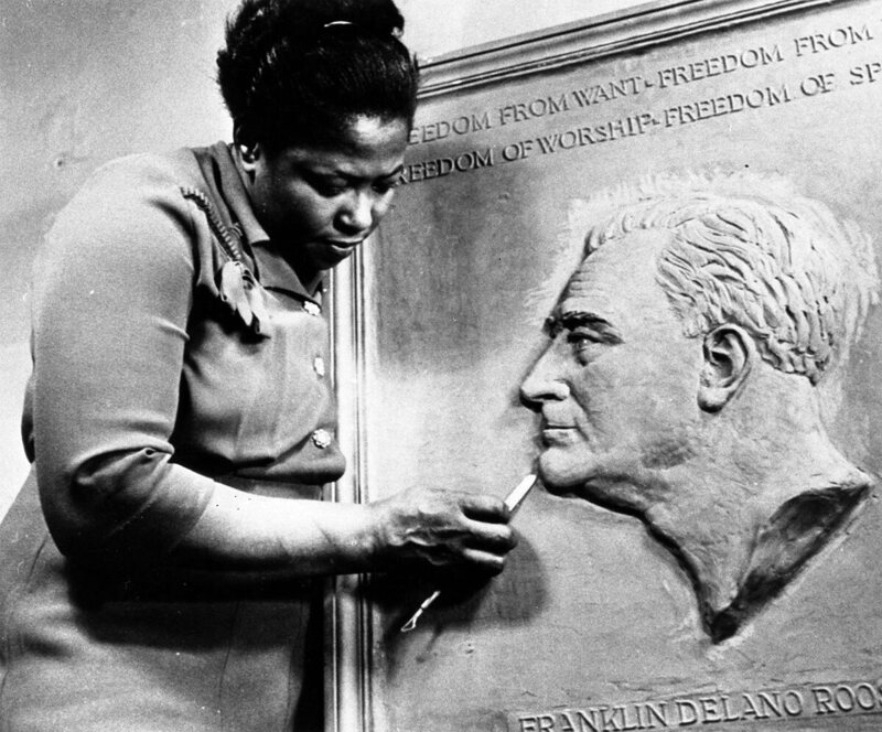Selma Burke won a competition to create a relief sculpture of Franklin Delano Roosevelt in 1943.