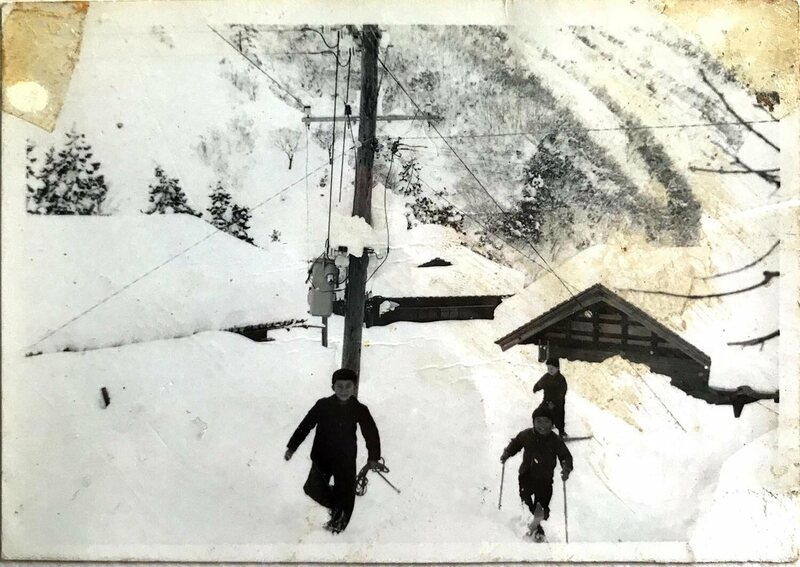 Nimaida and his friend s play in four meters of snow, Ozuchi, 1964.