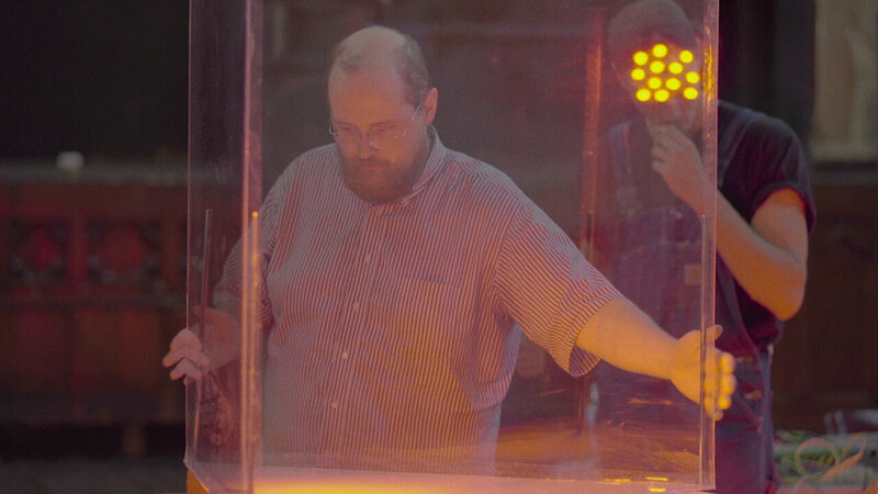 Dan Deacon constructs the rat instrument.