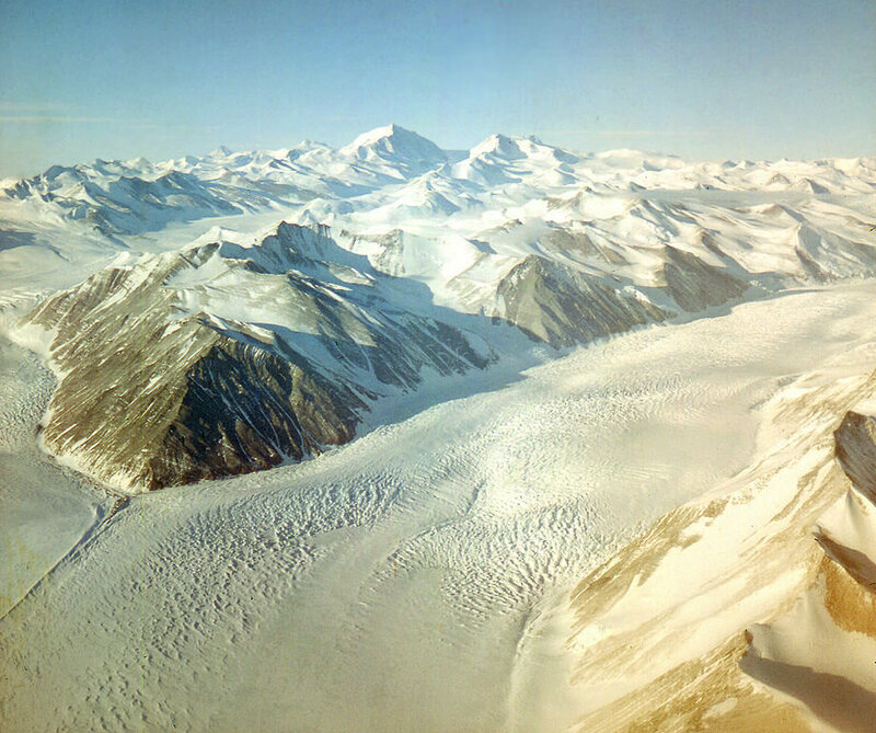 The Beardmore Glacier, one of the largest valley glaciers in the world, contains paleobotanical material.