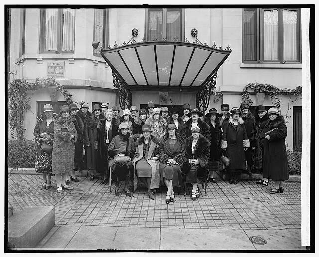 Members of the General Federation of Women's Clubs in the 1920s.
