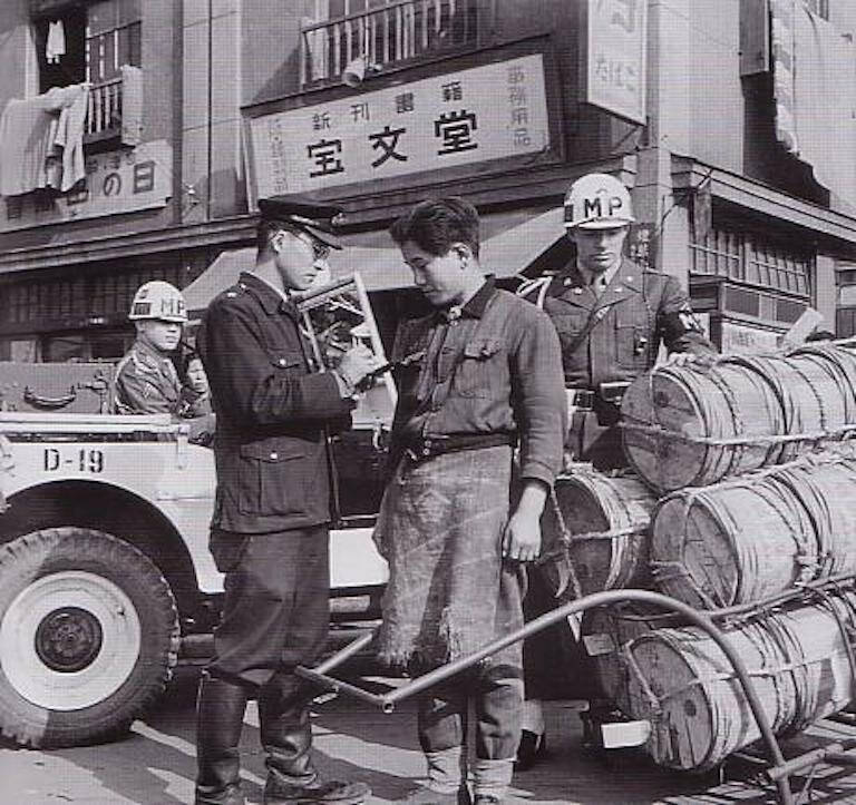The Illegal Ramen Vendors of Postwar Tokyo - Gastro Obscura