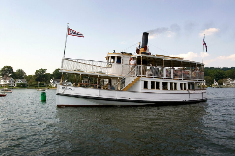 This 110-Year-Old Steamboat Is a Floating History Lesson