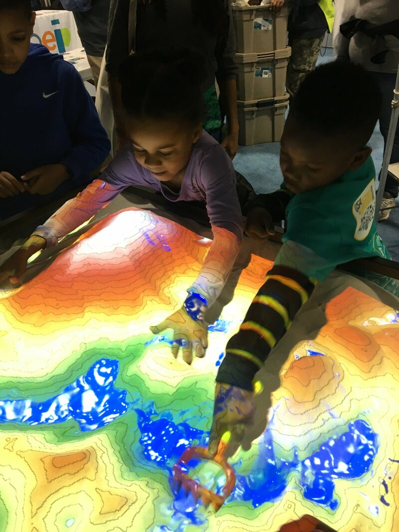 This Interactive Sandbox Allows Users To Make Topographical Maps In