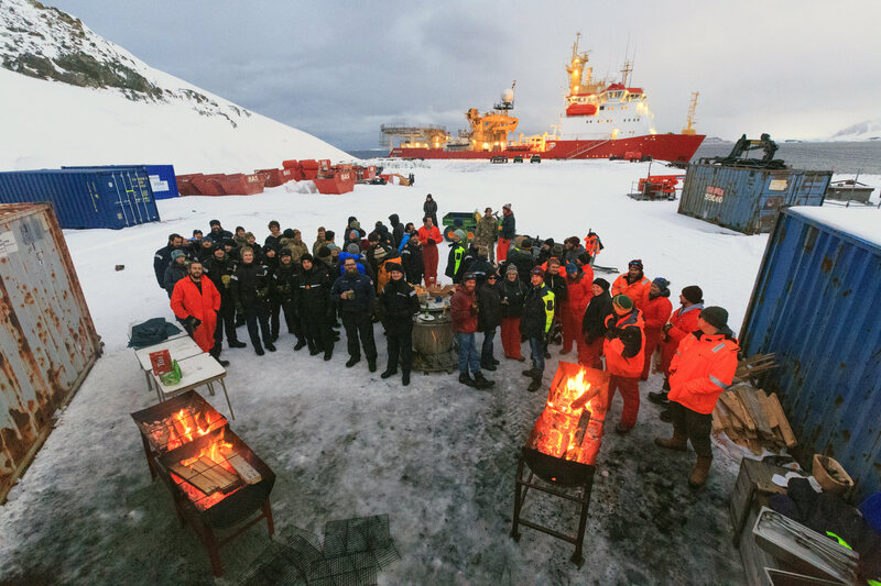 Researchers at This Base in Antarctica Eat Better Than You