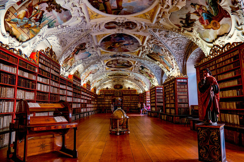 14 of the World's Most Charming Libraries