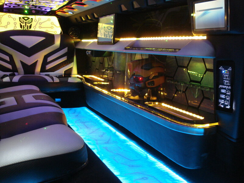 Today S Custom Limos Have Hardwood Floors And Hot Tubs