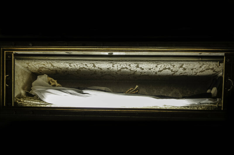 Photographing the Real Bodies of Incorrupt Saints - Atlas Obscura