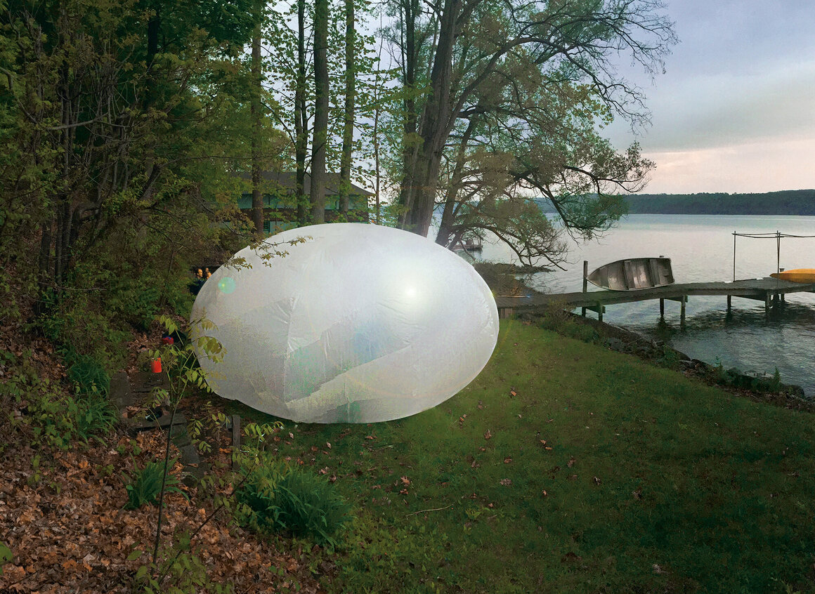 The egg-shaped Jello Pavilion, is made from plastic sheeting and inflated with a high-powered fan. (Cornell University, USA, 2015).