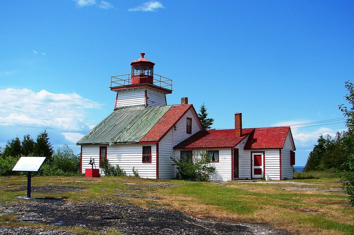 The lighthouse at the Mississagi Strait in Manitoulin, Ontario.