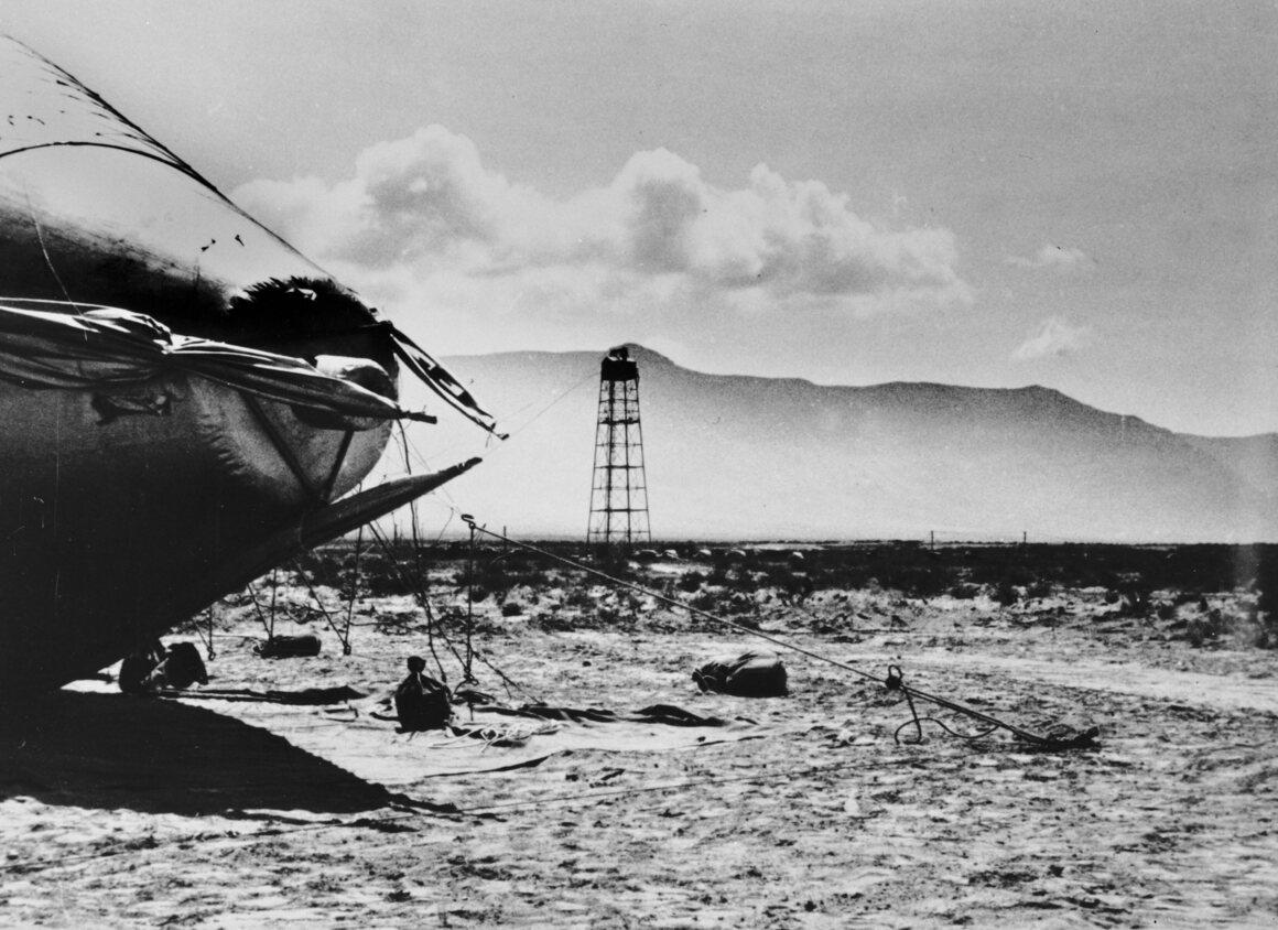 Los Alamos desert, 1945