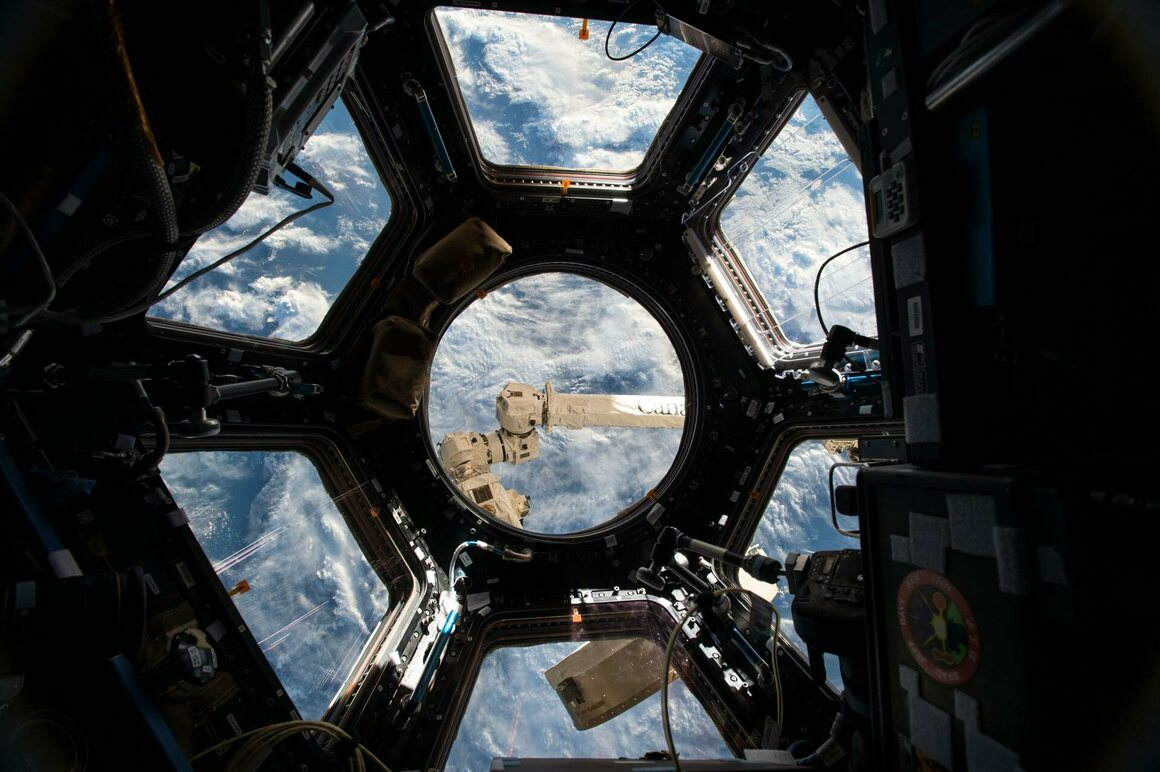 A view of Earth from the ISS Cupola, photographed by Kelly, June 4, 2015.