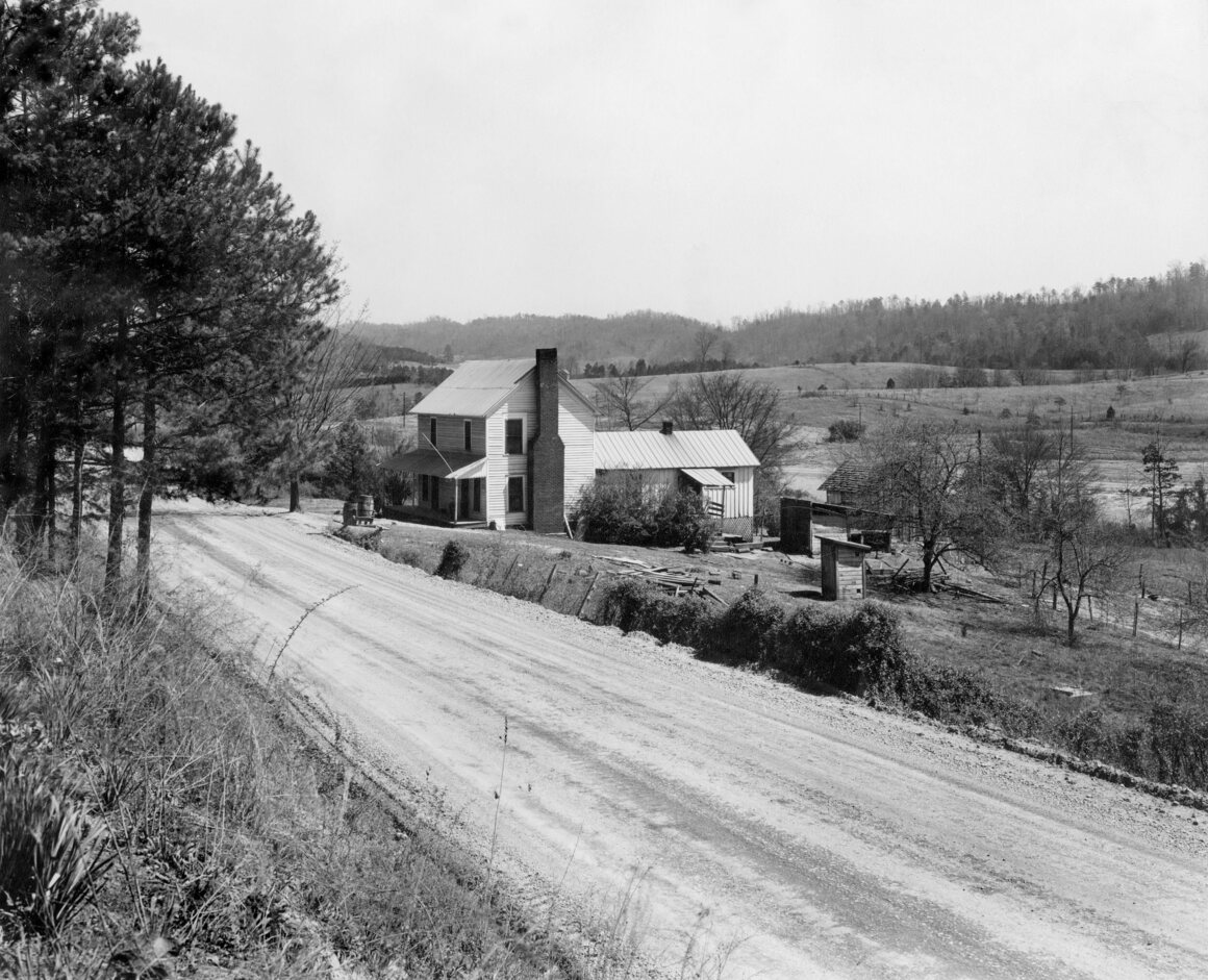In 1942, before Oak Ridge was a nuclear factory town, it was largely farmland and homesteads.